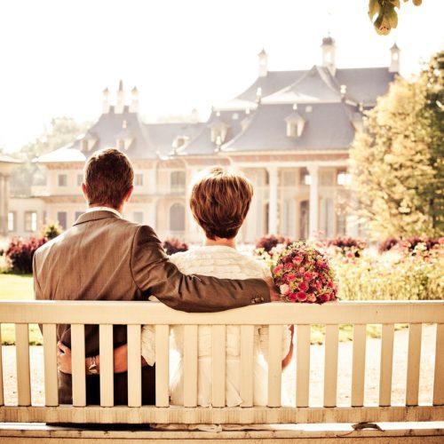 Happily married couples aren't happier